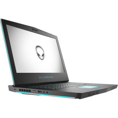 Alienware AW15R47675SL view 2