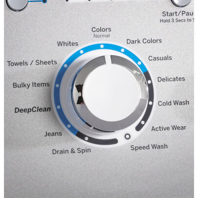 Washer setting control knob of the white GE top load washer with 4.6 cubic foot capacity- GTW500ASNWS